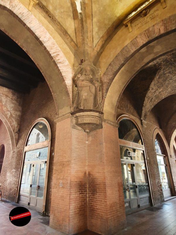 Risultato immagini per segreto del palazzo del podestà bologna
