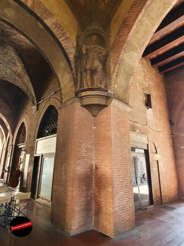 Bologna - Il Voltone del Podestà